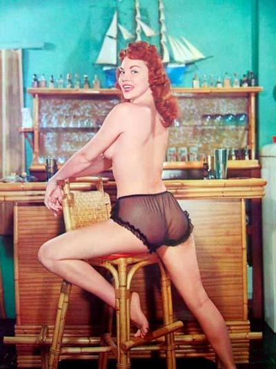 Vintage Tiki Pinup